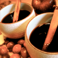 Thumbnail image for Hot Mulled Wine for Chilling Fall Nights